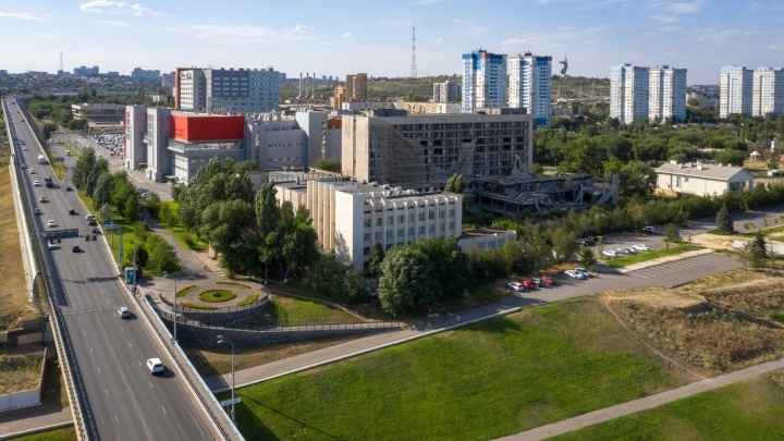 Ситуация патовая: в Волгограде не знают, что делать с руинами Дома молодежи