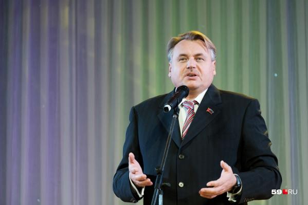 Юрий Уткин решил, что больше не хочет получать зарплату за работу депутатом