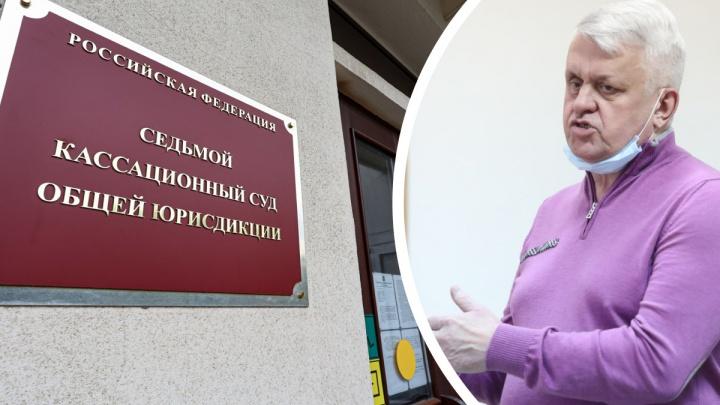 Суд рассмотрел жалобу владельца Среднеуральской птицефабрики по делу о ДТП с тяжелоранеными