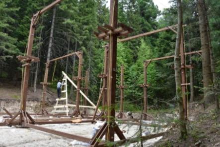 Тропы веревочного парка в Ханты-Мансийске будут закреплены на специальных конструкциях, а не на деревьях