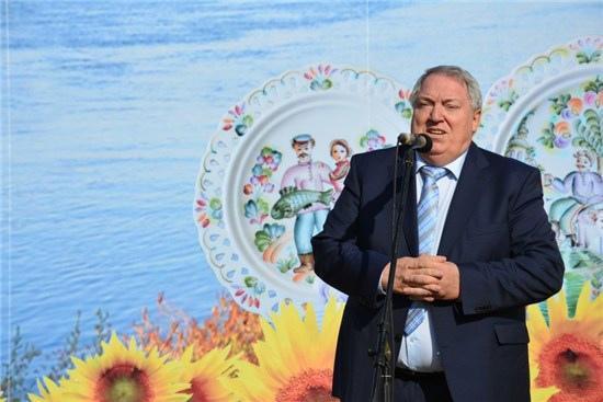 Кроме поста главы Собрания депутатов Виктор Талалаев занимает пост главы одного из сельских поселений района