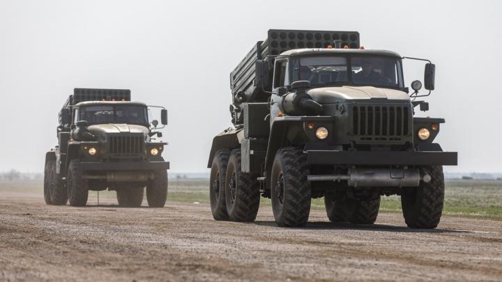 По территории Волгоградской области проедут колонны военной техники