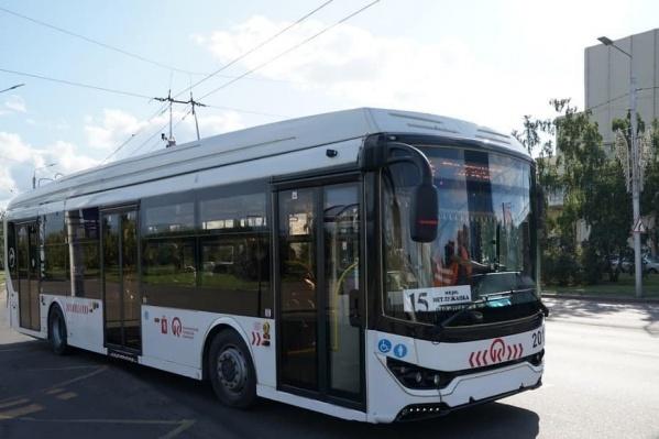 Новые автобусы и троллейбусы поедут по Красноярску