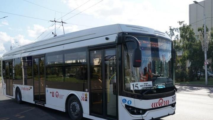 В Красноярске запускают новые маршруты взамен закрывшихся: два автобусных и один троллейбусный