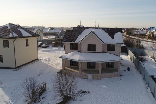 «Центр загородной недвижимости» строил дома на участках клиентов по типовым проектам