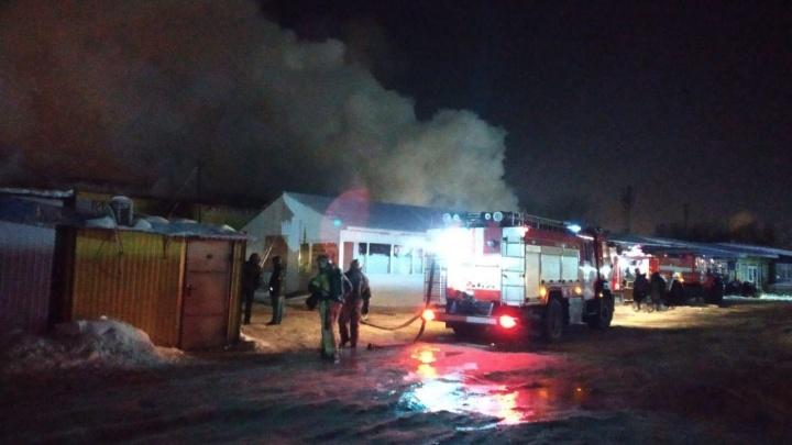 В Самаре горел продуктовый рынок «Ракита»