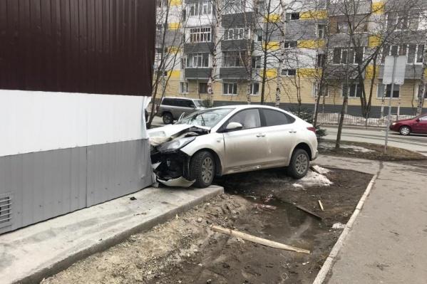 Водитель получила травмы