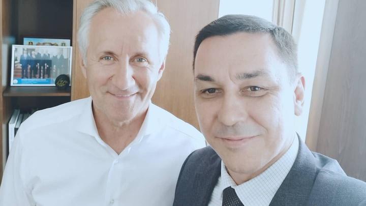 «Лакеи пали ниц»: депутат Курултая от КПРФ посвятил стихи мэру Уфы