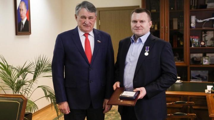 Генеральный директор УЛК Владимир Буторин получил медаль Совета Федерации России