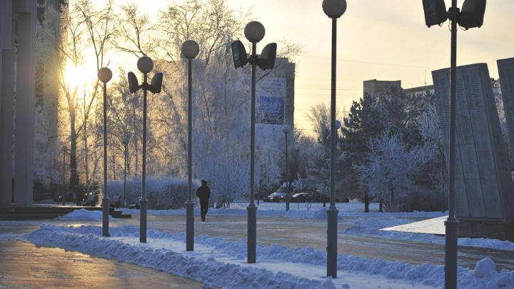 Немного учимся: в Сургуте из-за морозов отменили занятия школьников с 1-го по 8-й класс