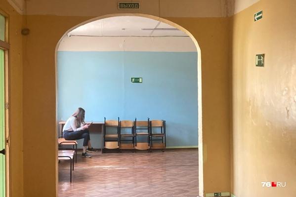 После трагедии в Казани школы города проверяют