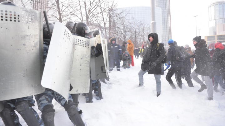 Сколько молодых людей поддерживают несогласованные акции протеста? Отвечают уральские ученые