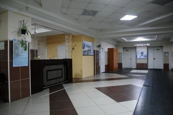 """Центр зимних видов спорта располагается на <nobr class=""""_"""">Первомайской, 154 —</nobr> там же, где стадион «Локомотив»"""