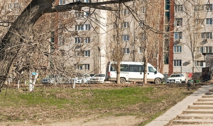 В Волгограде под окнами девятиэтажки появится огромная автомойка