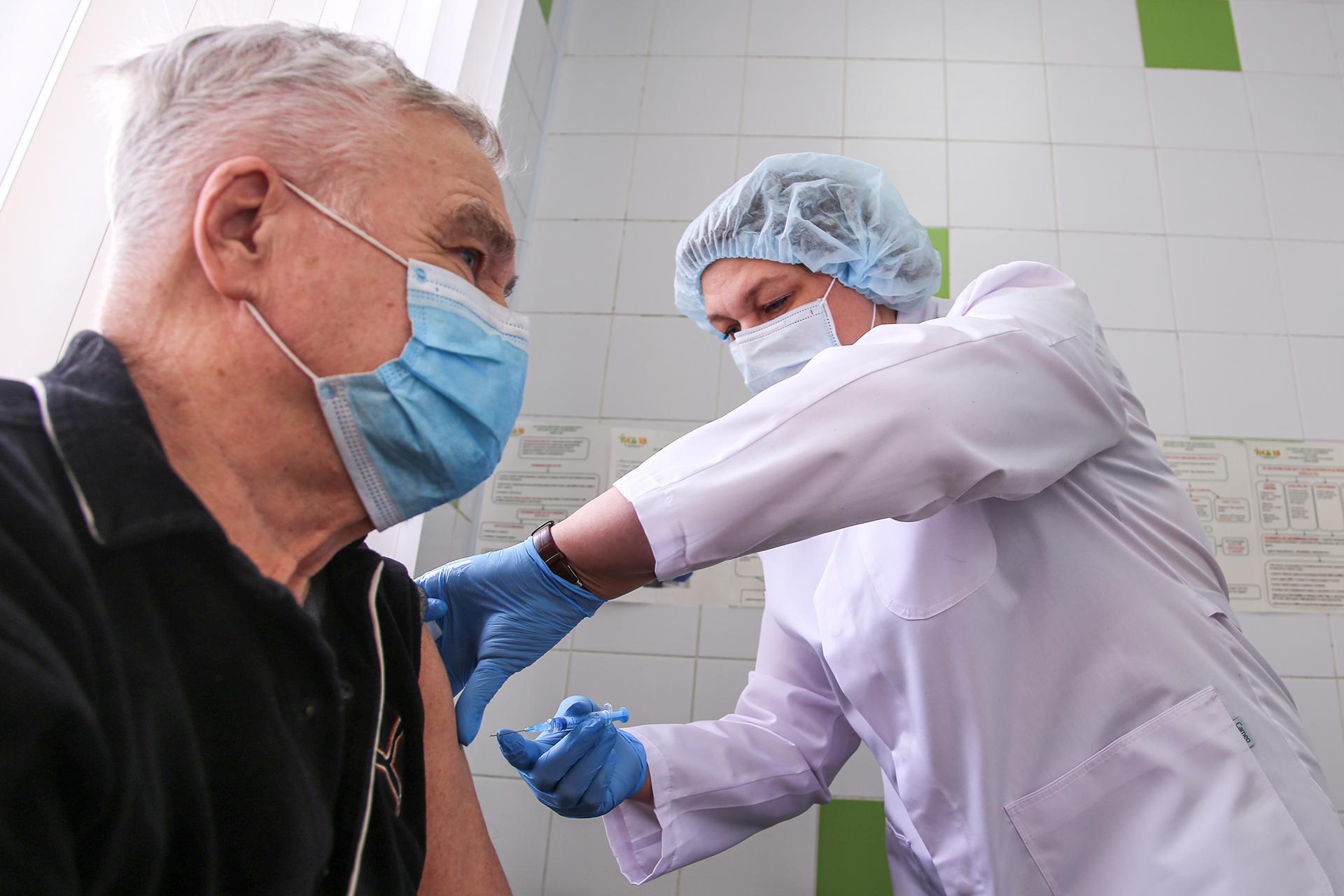 В России резко упали темпы вакцинации