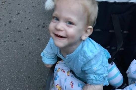 В новой семье Миша стал улыбчивым мальчиком