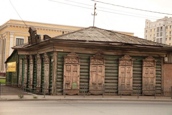 Дом не входил в список памятников архитектуры