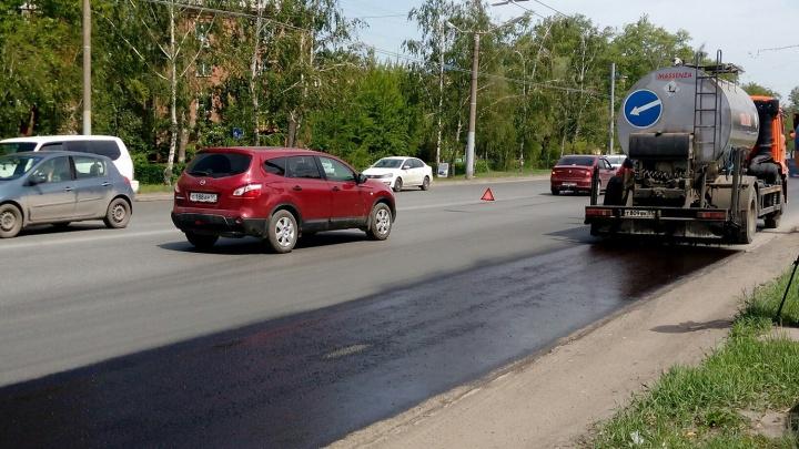 Ремонт дороги в Амурском поселке из резервного списка обойдется на полтора миллиона дешевле