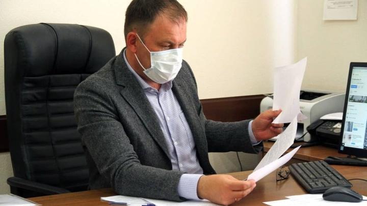 «Как человек, отец, прошу откликнуться всех»: мэр Кемерово поддержал семью маленькой Мии с СМА