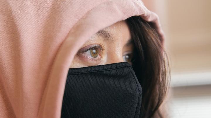«Хвалите свой иммунитет»: психолог рассказала, как не впасть в панику от пандемии коронавируса