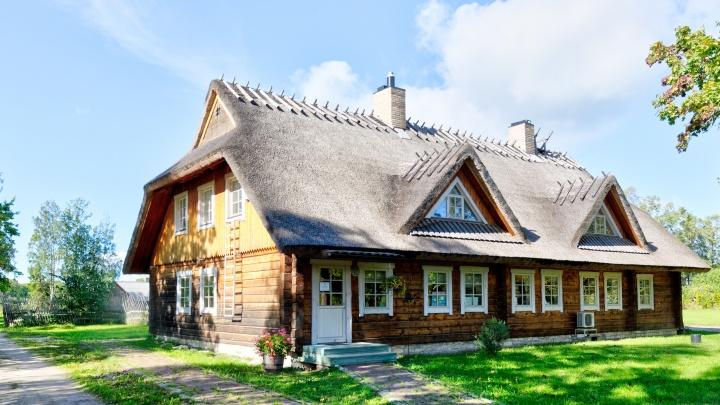 Дом или дача: в чем их кардинальное отличие и что легче купить