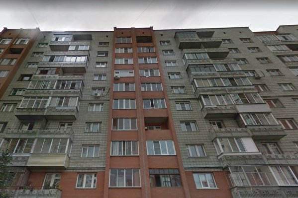 Дом находится на улице Дениса Давыдова, 9
