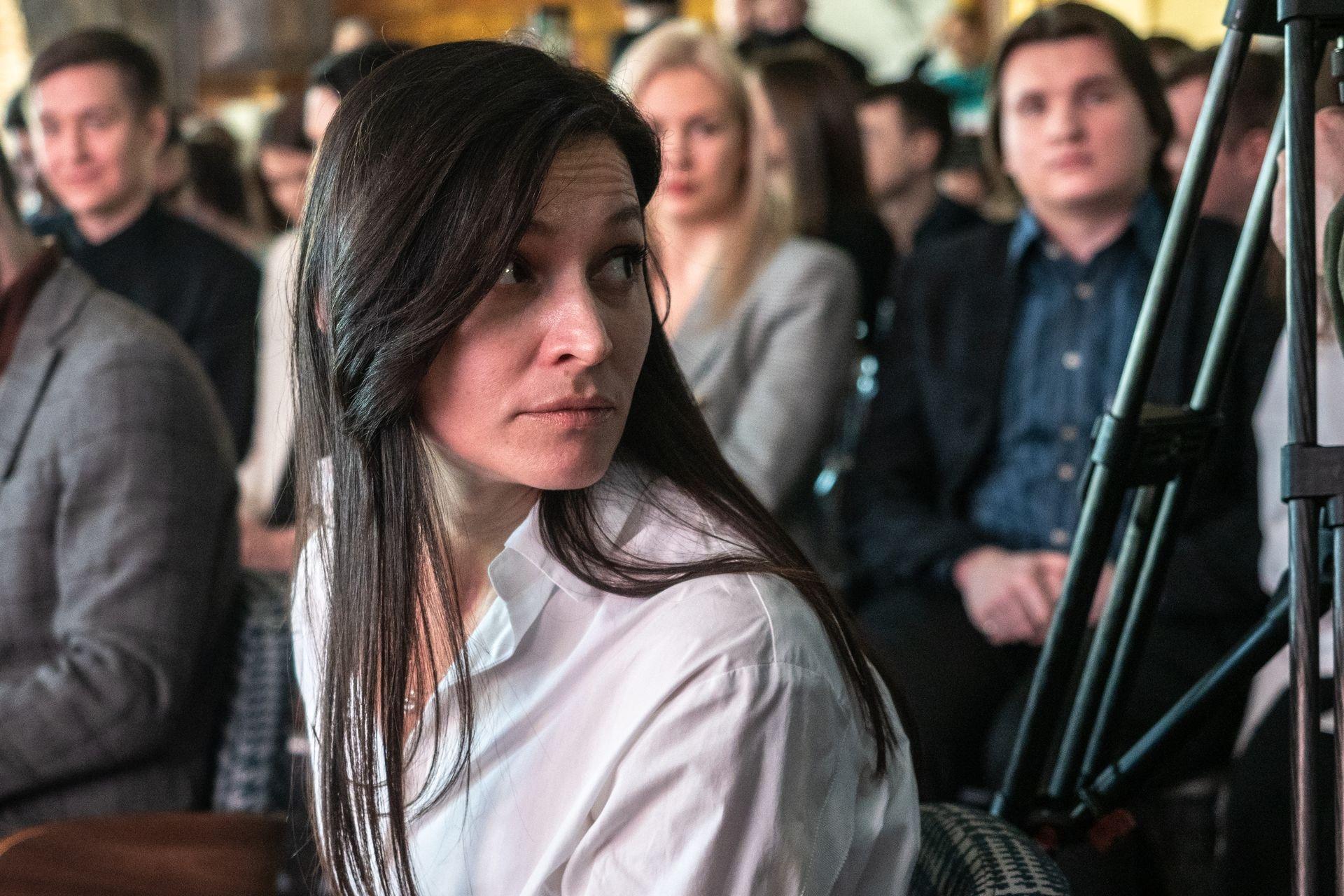 Телеведущая Жаклин Олейник