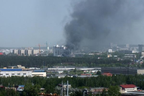 Пожар произошел на Орловской, 35