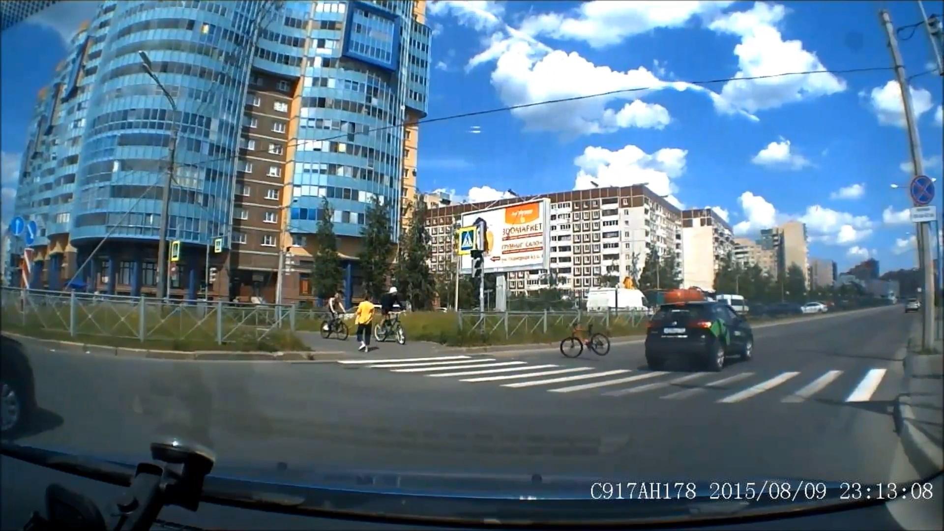 "Скриншот видео из группы <a href=""https://vk.com/wall-68471405_15225518"" class=""io-leave-page _"" target=""_blank"">«ДТП и ЧП | Санкт-Петербург»</a>"