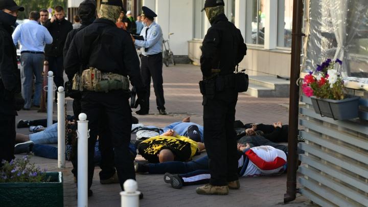 Стрелка не удалась. В Екатеринбурге силовики устроили массовое задержание криминальных авторитетов