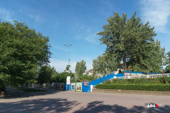 В декабре 2020 года сити-менеджер Алексей Логвиненко пообещал восстановить кинотеатр «Россия»