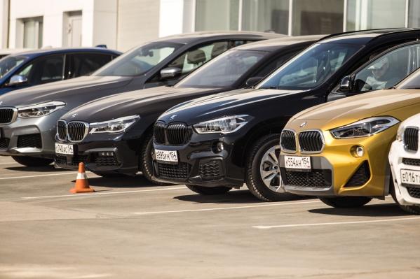 Автолюбители оценивали удобство, доступность парковки и культуру водителей