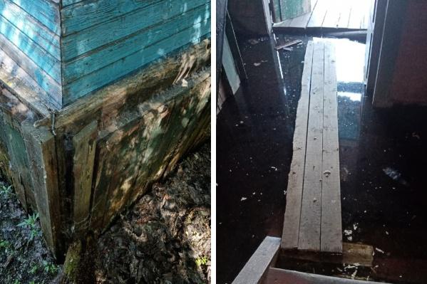 Дом Красовских по весне плавает в воде и продолжает гнить с каждым годом