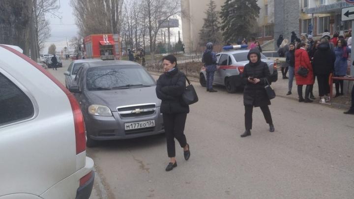 В Волгограде эвакуировали администрацию Дзержинского района