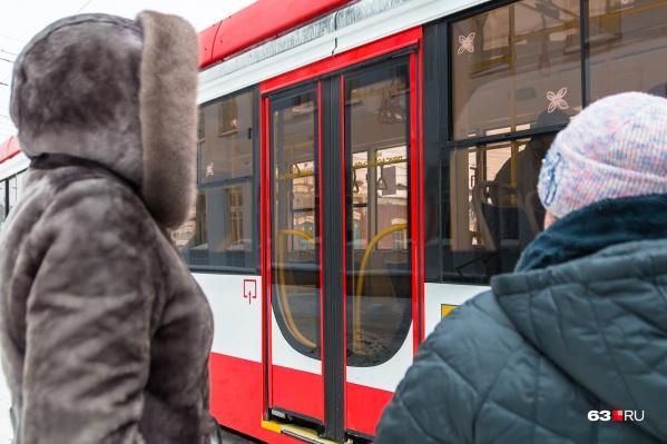 В районе пересечения улиц Демократической и Арена 2018 сделают трамвайное кольцо