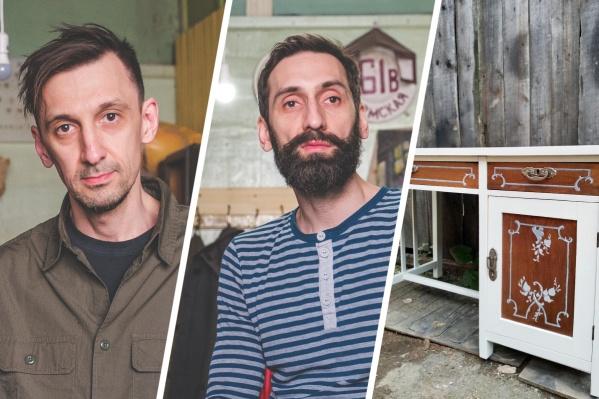 Никита (слева) и Семён (справа) не только реставрируют мебель, но и делают новую