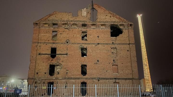 «Они и так руины, зачем их сохранять»: общественник — о разрушении памятников Сталинградской битвы