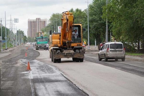 В этом году дорожники ремонтируют улицу Павлова