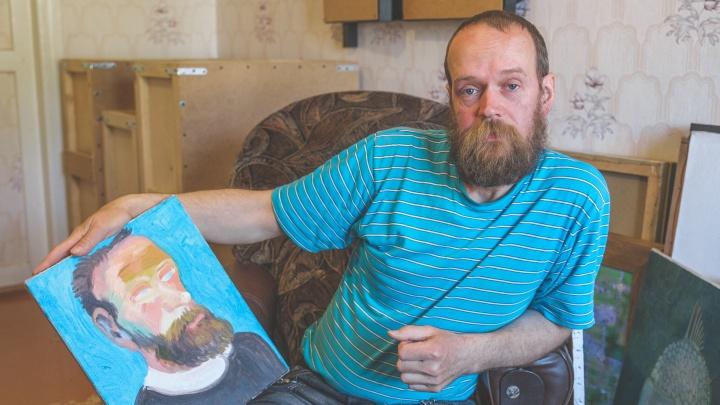 «Мне говорят, похоже на Дали». Как водитель из Павловского в 27 лет начал рисовать — сейчас его картины в коллекциях