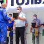 ГИБДД Тольятти наградила 19 водителей завода: чем они отличились