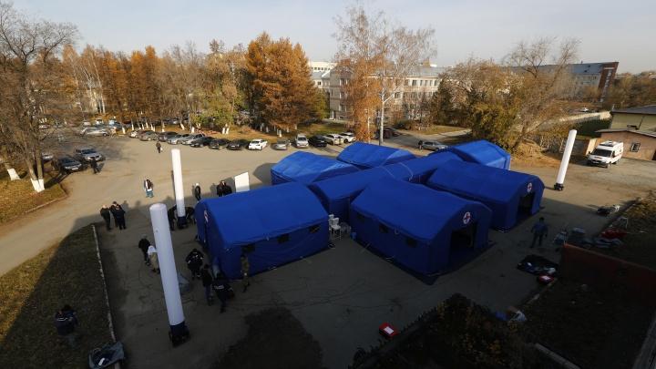 В Новосибирск привезли госпиталь-трансформер — если число больных резко возрастет, его развернут за 6 часов