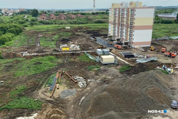 Вот так выглядит сейчас дом, который планируют сдать в начале июля