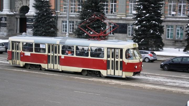 Транспортников Екатеринбурга начали проверять на наркотики: появились страшилки об ошибочных увольнениях
