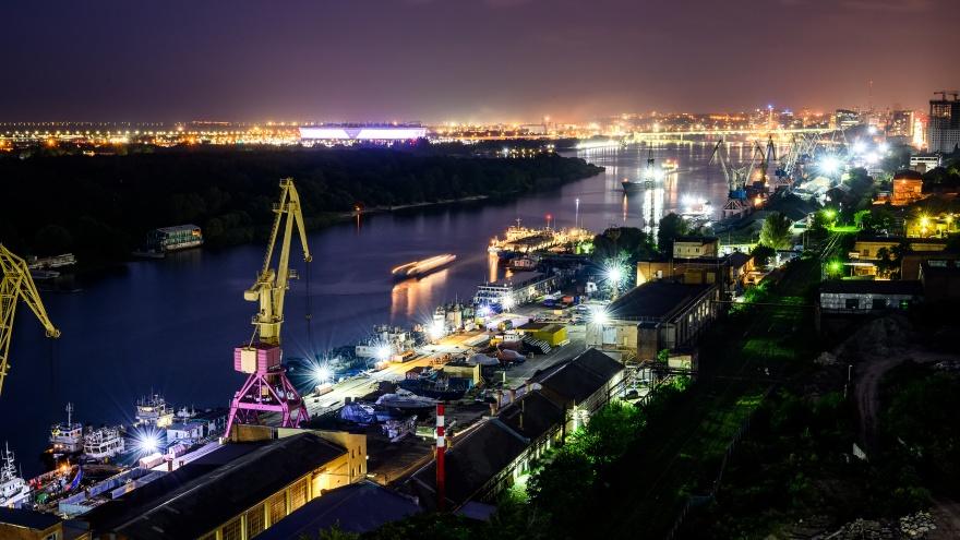 Огни ночного города, затмение и Карпин. Фоторепортаж 161.RU по итогам прошедшего лета
