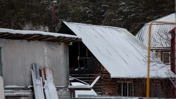 По делу о трагедии в пансионате Боровского, где погибли 7постояльцев, задержали участковых