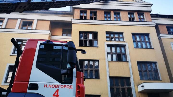 «Студенты слышали хлопок». Общежитие ПИМУ загорелось в Нижнем Новгороде, 7 человек пострадали