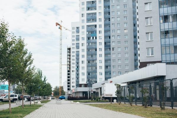 Первые дома нового микрорайона располагаются на улице Блюхера