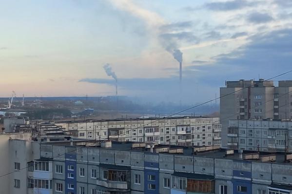 Дым над полигоном с отходами заметили еще утром 8 октября