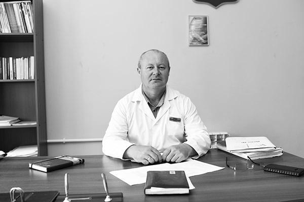 «Его просто убили своим негативом»: в Волгоградской области прощаются с главным врачом Урюпинской ЦРБ