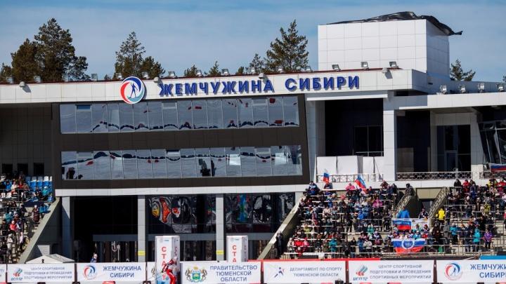 Больше 70 тысяч рублей: в тюменском департаменте спорта обновили систему зарплат руководителям
